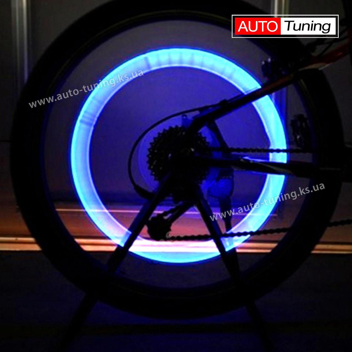 Светодиодный LED колпачок на ниппеле велосипедного колеса в работе, Blue, LB-15